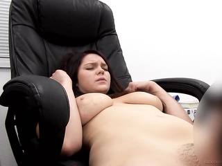 busty and curvy coed's