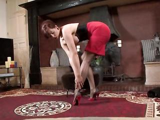 naughty mature nylon feet