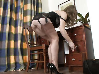 milf mature heels