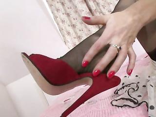 mature heels